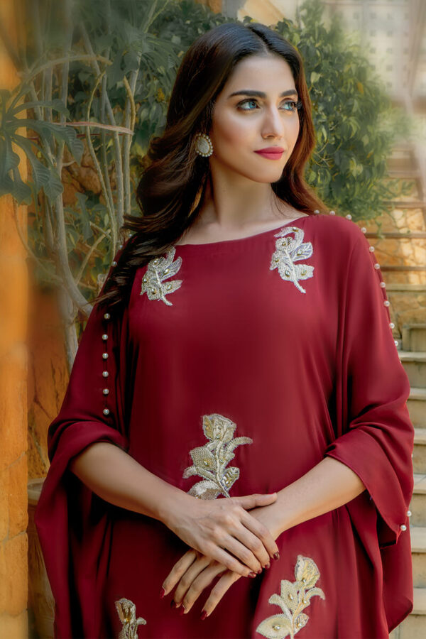 Buy Exclusive Maroon And Off White Casual Wear – Zzc40 Online In USA, Uk & Pakistan