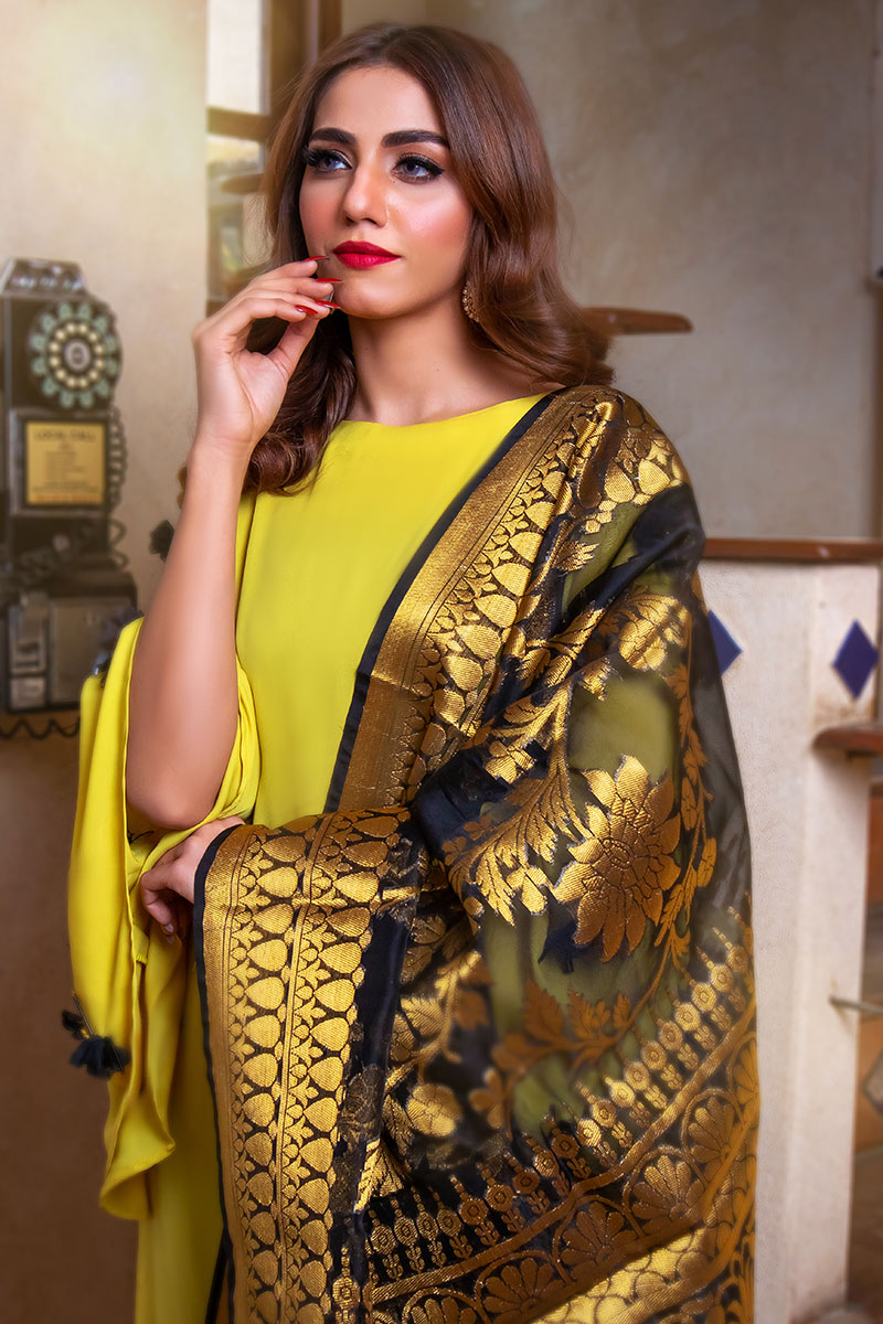 EXCLUSIVE YELLOW AND BLACK LUXURY PRET 2021