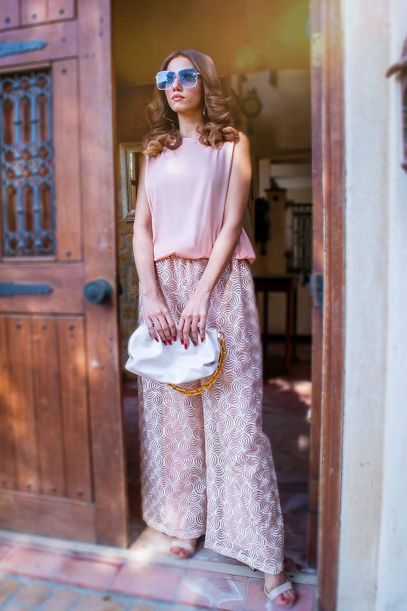 EXCLUSIVE LIGHT PINK AND OFF WHITE COLOR CASUAL WEAR – ZZS54